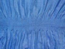 Μπλε ύφασμα με την ελαστική ζώνη Στοκ Εικόνες