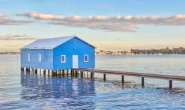 Μπλε Boathouse στοκ εικόνες