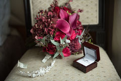 μπλε garter λουλουδιών λεπτομερειών γάμος δαντελλών Στοκ εικόνα με δικαίωμα ελεύθερης χρήσης