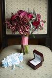 μπλε garter λουλουδιών λεπτομερειών γάμος δαντελλών Στοκ εικόνες με δικαίωμα ελεύθερης χρήσης
