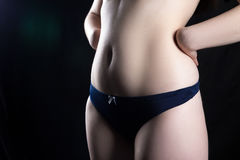 μπλε lingerie κοριτσιών νεολαί&epsi Στοκ Εικόνες