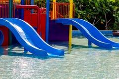 μπλε waterslide Στοκ φωτογραφία με δικαίωμα ελεύθερης χρήσης