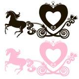 Μυθική βασιλική ρόδινη μεταφορά πριγκηπισσών horse-drawn Στοκ φωτογραφίες με δικαίωμα ελεύθερης χρήσης