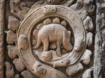 Μυστήρια γλυπτική στο ναό TA Prohm, Angkor, Καμπότζη Στοκ εικόνες με δικαίωμα ελεύθερης χρήσης