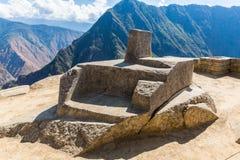 Μυστήρια πόλη - Machu Picchu, Περού, Νότια Αμερική. Οι καταστροφές και το πεζούλι Incan. Παράδειγμα της polygonal τεκτονικής Στοκ φωτογραφία με δικαίωμα ελεύθερης χρήσης
