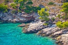 Μυστική τυρκουάζ παραλία στο νησί Brac στοκ φωτογραφία