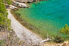 Μυστική τυρκουάζ παραλία στο νησί Brac στοκ φωτογραφίες
