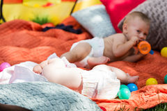 μωρά χαριτωμένα Στοκ φωτογραφίες με δικαίωμα ελεύθερης χρήσης