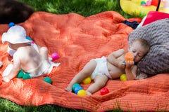 μωρά χαριτωμένα Στοκ εικόνες με δικαίωμα ελεύθερης χρήσης
