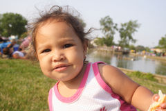 μωρό ενδιαφερόμενο Στοκ εικόνα με δικαίωμα ελεύθερης χρήσης