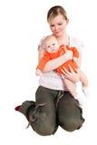 μωρό η μητέρα εκμετάλλευσή& Στοκ Εικόνες