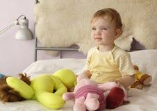 μωρό που ονειρεύεται το s Στοκ Εικόνες
