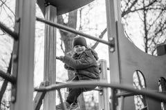 Μωρό που οδηγά στην ταλάντευση Στοκ Εικόνες