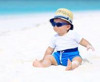 Μωρό στην παραλία Στοκ εικόνες με δικαίωμα ελεύθερης χρήσης