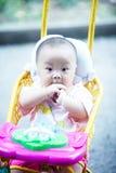 Μωρό στη στάση περιπατητών Στοκ Φωτογραφία