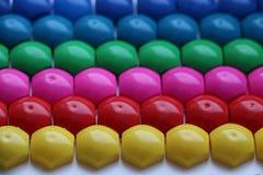 Μωσαϊκό παιδιών ` s υπόβαθρο του πολύχρωμου μωσαϊκού παιδιών ` s χρωματισμένα λωρίδες των πλαστικών λεπτομερειών του μωσαϊκού παι Στοκ εικόνα με δικαίωμα ελεύθερης χρήσης