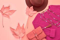 Μόδα φθινοπώρου κυρία Clothes Set ελάχιστος Τρύγος Στοκ Φωτογραφίες