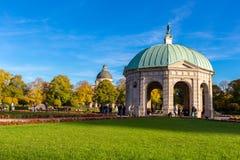 Μόναχο, Γερμανία - 24.2015 Οκτωβρίου: Pavillion σε Hofgarten το μεσημέρι μέσα Στοκ Φωτογραφίες