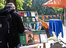 Μόναχο 24 09 2016 - Παζαριών βιβλίων Lisar (ανάγνωση Isar) Στοκ εικόνες με δικαίωμα ελεύθερης χρήσης