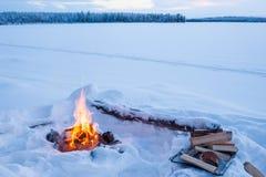 Μόνη πυρά προσκόπων Στοκ εικόνες με δικαίωμα ελεύθερης χρήσης