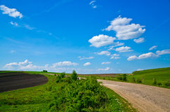 Μόνος δρόμος επαρχίας στοκ φωτογραφίες