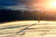 Μόνος φωτογράφος με ένα σακίδιο πλάτης Στοκ Φωτογραφία