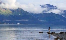 Μόνος ψαράς σε Seward Στοκ Εικόνες