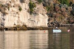 Μόνος ψαράς στη βάρκα Στοκ Φωτογραφίες