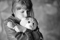Λυπημένο μικρό κορίτσι Στοκ Φωτογραφία