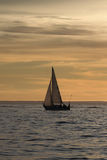 μόνο sailboat Στοκ Εικόνες
