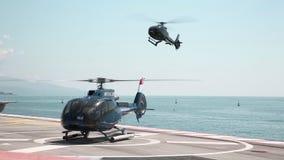 Μόντε Κάρλο, στις 26 Μαΐου 2018: το ελικόπτερο που προσγειώνεται βλέπει φιλμ μικρού μήκους