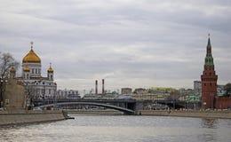 Μόσχα Κρεμλίνο και απελευθερωτής Χριστού catehdral Φωτογραφία χρώματος Στοκ φωτογραφία με δικαίωμα ελεύθερης χρήσης