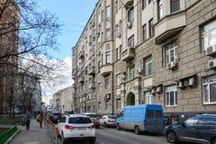 Μόσχα, Ρωσία - 14 Μαρτίου 2016 Αρχιτεκτονική και γενική αλέα Kozenyi εμφάνισης μεγάλη Στοκ Εικόνες
