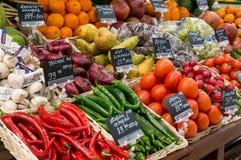 Μόσχα, Ρωσία - 12 Μαρτίου 2018: Φρέσκα λαχανικά και φρούτα έτοιμα για την πώληση στην υπεραγορά Lenta Ένας από μεγαλύτερο Στοκ φωτογραφία με δικαίωμα ελεύθερης χρήσης