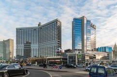 Μόσχα, Ρωσία - 2 Νοεμβρίου 2017 Εμπορικό κέντρο Lotte Plaza ο Novy Arbat Στοκ Εικόνες