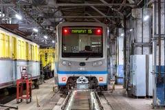 Μόσχα, Ρωσία - 27 Οκτωβρίου 2017: Presnya Krasnaya αποθηκών μετρό υπόγειων τρένων Στοκ Εικόνα