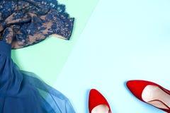 Μόδα Σύνολο μόδας εξαρτημάτων ενδυμάτων Θηλυκά μοντέρνα gumshoes Στοκ Εικόνες