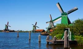 μύλοι της Ολλανδίας στοκ εικόνες με δικαίωμα ελεύθερης χρήσης