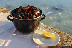 Μύδια σε ένα εστιατόριο θαλασσινών Στοκ φωτογραφίες με δικαίωμα ελεύθερης χρήσης