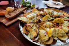 Μύδια της Νέας Ζηλανδίας τυριών και σκόρδου Στοκ φωτογραφίες με δικαίωμα ελεύθερης χρήσης
