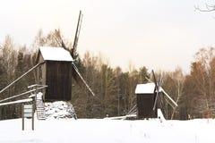 Μύλος στο χιόνι Στοκ Εικόνες
