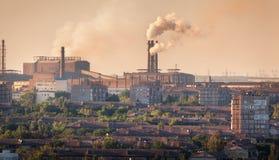 Μύλος χάλυβα, εγκαταστάσεις μεταλλουργίας Βαρύ εργοστάσιο βιομηχανίας Στοκ Εικόνα