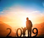 Νέα έννοια έτους: νέοι στόχοι, νέες κατευθύνσεις, νέες ελπίδες το 2019 στοκ φωτογραφία