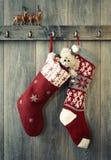 νέα έτη γυναικείων καλτσών διακοσμήσεων Χριστουγέννων Στοκ Φωτογραφία