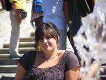 Νέα γυναίκα με ένα βλέμμα στοκ εικόνες με δικαίωμα ελεύθερης χρήσης