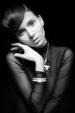 Νέα γυναίκα με την ομορφιά hairstyle και τη σύνθεση Στοκ φωτογραφία με δικαίωμα ελεύθερης χρήσης