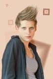 Νέα γυναίκα με τη μοντέρνη κοντή τρίχα και τη μαύρη μπλούζα Στοκ Εικόνες