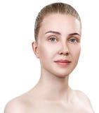 Νέα γυναίκα με το καθαρό δέρμα χωρίς σύνθεση Στοκ φωτογραφίες με δικαίωμα ελεύθερης χρήσης
