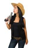 Νέα γυναίκα με το πυροβόλο όπλο που απομονώνεται στο λευκό Στοκ εικόνα με δικαίωμα ελεύθερης χρήσης