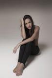 Νέα γυναίκα που φορά leggins Στοκ Εικόνες